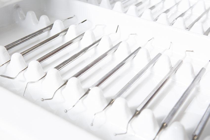 Egal ob für die Zahnprophylaxe oder Implantate für Ihre Zähne – Wir sind Ihr Spezialist!